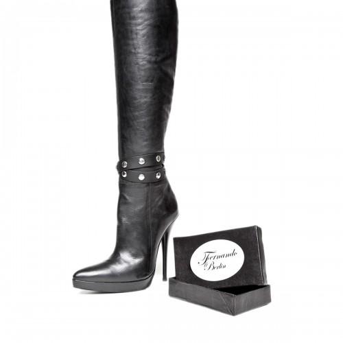 Doppeltes Stiefelband mit Nieten und Druckknopf Standardgröße